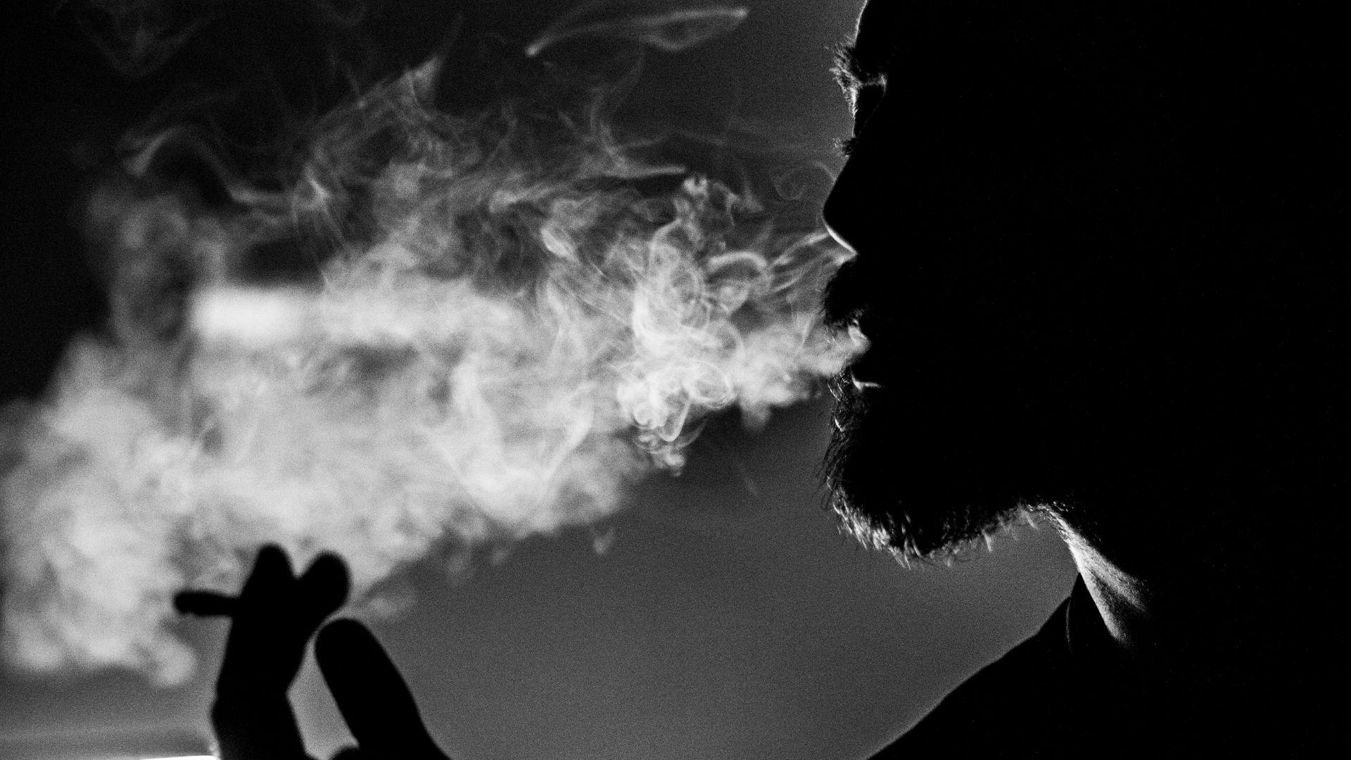 Fake Entspannung - Zigaretten Alkohol Drogen