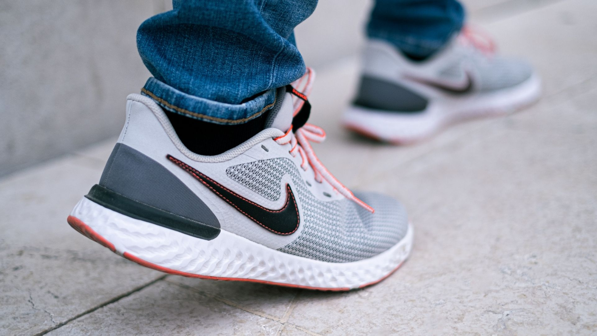2 Nike Revolution 5 Test - Erfahrung