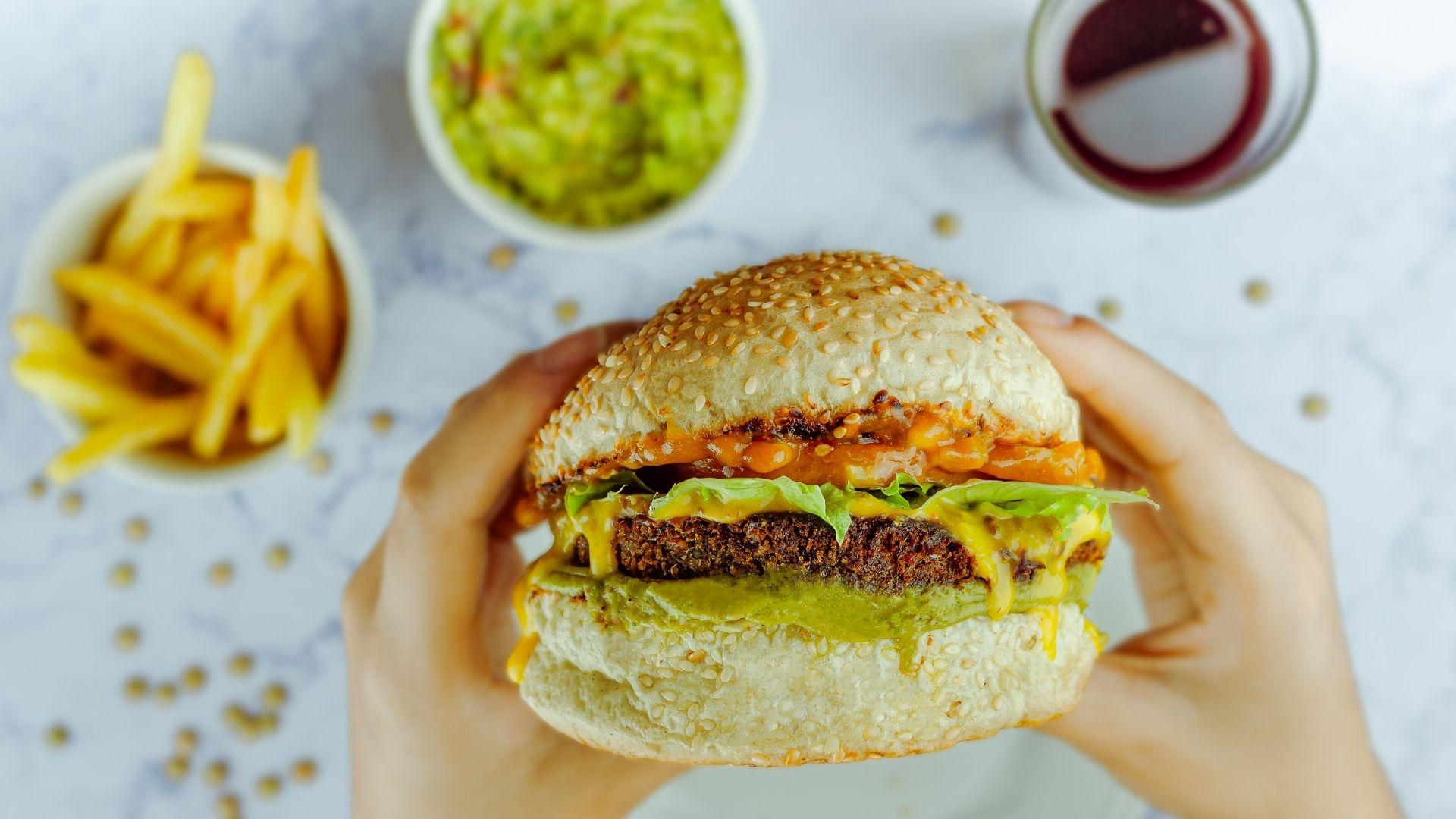 05 Fast Food vor dem Sport - Das solltest du vermeiden